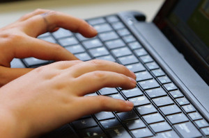 Britons top online shopping survey