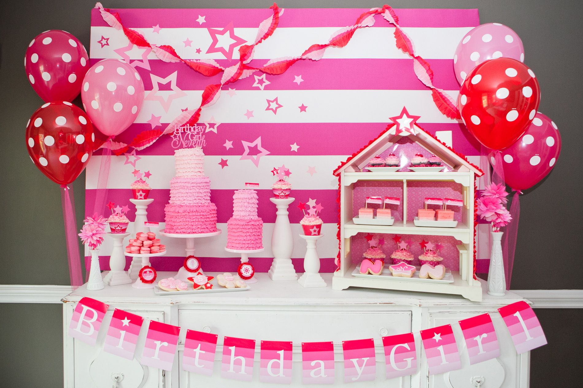 35 Cute 1st Birthday Party Ideas For Girls Table Decorating Ideas